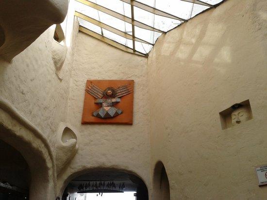 San Agustin International Hotel: une déco dans le lobby