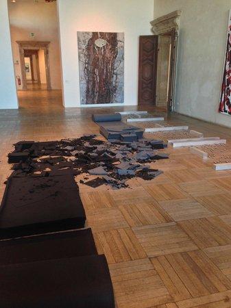 Ca' Pesaro Galleria Internazionale d'Arte Moderna: Gatti in salotto