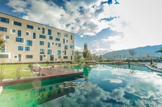 ブルメンホテル