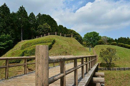 Ruins Yamanaka Castle : 二の丸