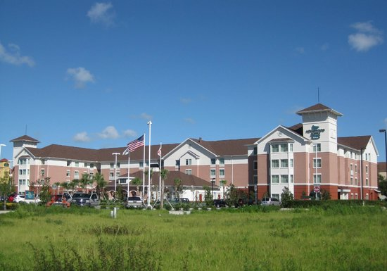 Homewood Suites by Hilton Orlando Airport: Homewood Suites by Hilton 5425 Gateway Village Circle