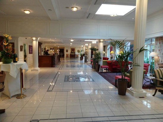 Stanhope Hotel: Lobby / Reception