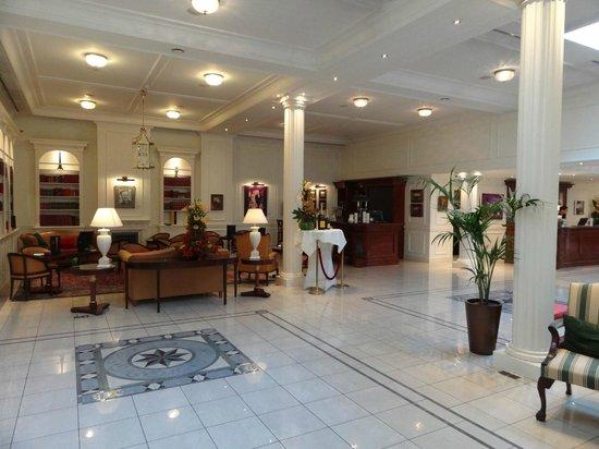 Stanhope Hotel: Lobby