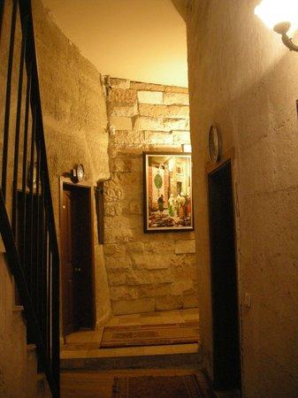 Guven Cave Hotel: Primo piano hotel