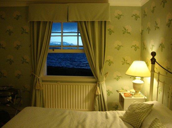 The Creggans Inn : une chambre