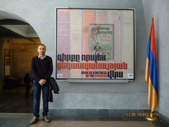 Armenian Genocide Museum: armenia genocide museum(god bless armenia and kurdistan)