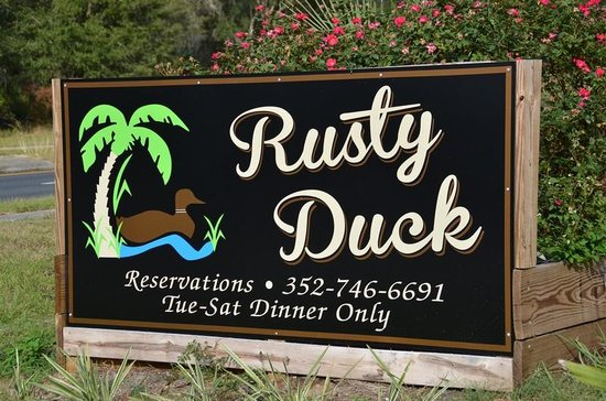 Rusty Duck Restaurant: Welcome to the Duck.