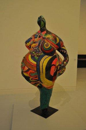"""Musée d'Art moderne et contemporain : Nikki de Saint Phalle """"Elisabeth (Nana)"""" 1965"""