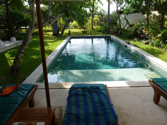 Karma Jimbaran: Our private swimming pool