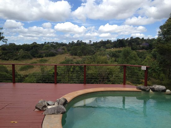 Cudgerie Homestead: Pool with view