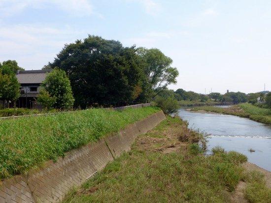 Shiki, Japan: 柳瀬川と快哉堂
