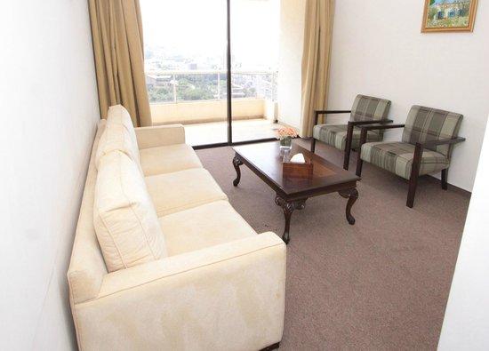 Residence de France: Standard Suite Living Room