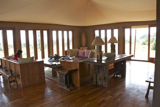 Sayari Camp, Asilia Africa: Main Lodge Interior