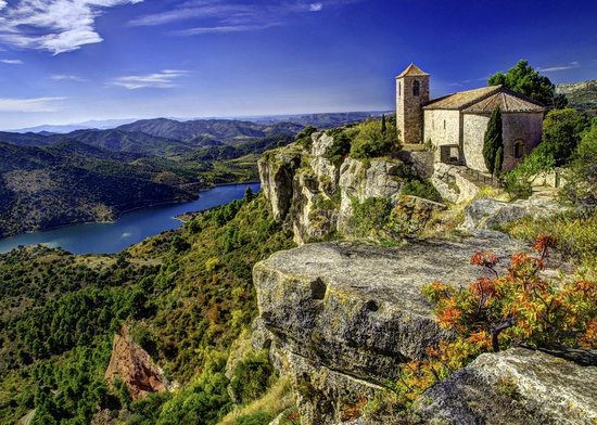 Cornudella de Montsant, Spanien: the little church at siurana
