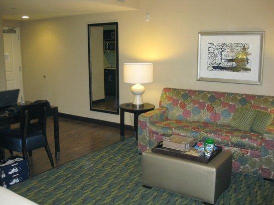 Homewood Suites by Hilton Orlando Airport: Studio Suite 409 Entrance-Lounge Area - 2013