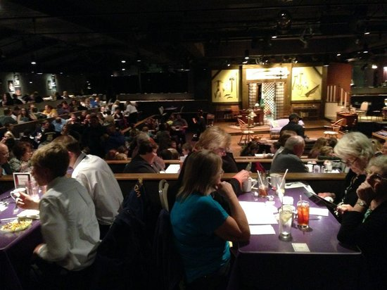 Clarksville, IN : Derby Dinner Playhouse