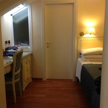 Hotel do Pozzi : extensio of main bedroom