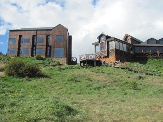 Weskar Patagonian Lodge: another view from outside