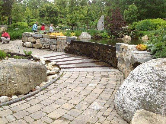 Coastal Maine Botanical Gardens: path and water fall
