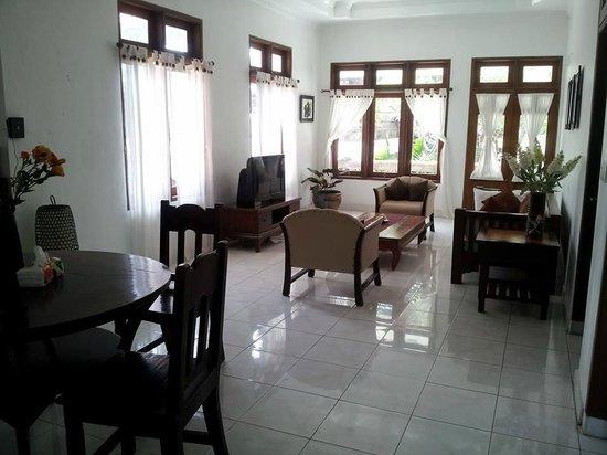 Villa Marlee : living area