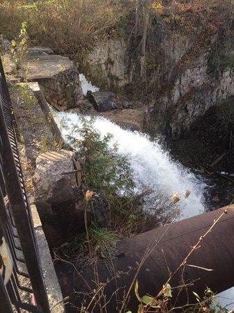 The Falls Inn & Spa : Main Falls