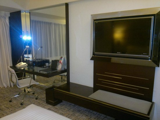 Regal Airport Hotel: Room 2