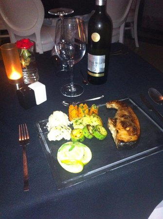 Le 20' Restaurant: getlstd_property_photo