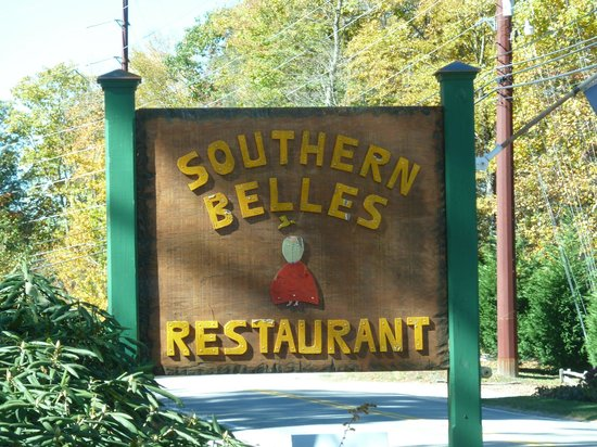 Southern Belles : Located between Highlands and Cashiers