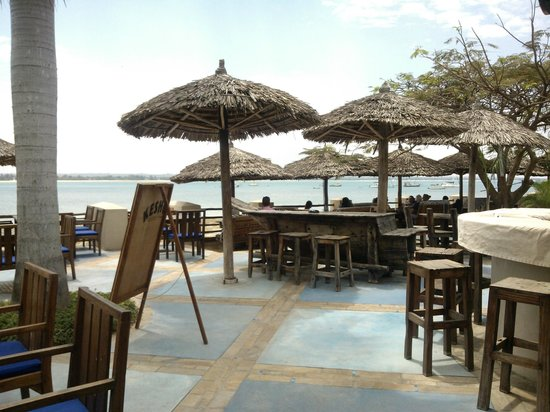 The Waterfront Sunset Restaurant & Beach Bar: altro angolo