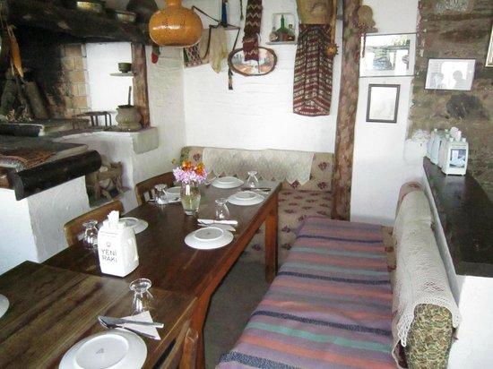 Kaplan Dag Restaurant: interior