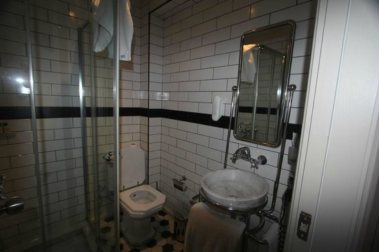 Galata Antique Hotel: 501 bathroom
