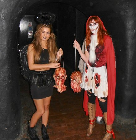 The London Bridge Experience: Survived London Tombs