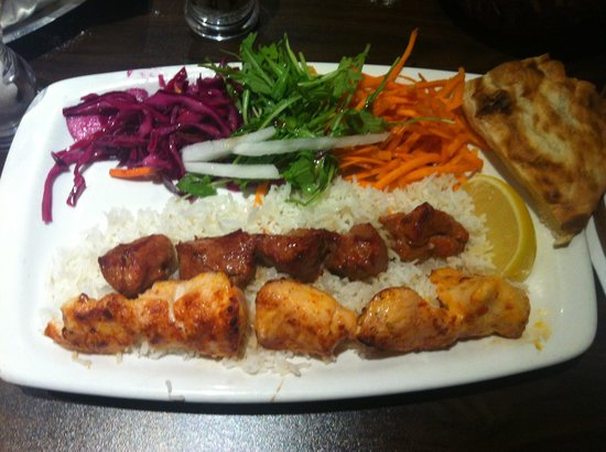 Fez Mangal: Mixed chicken and lamb shish kebab