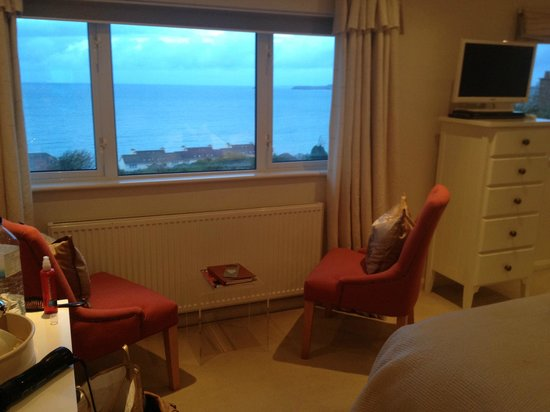 Boskerris Hotel: View over Carbis Bay from Room 4