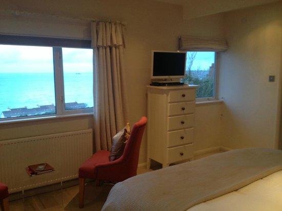 Boskerris Hotel: Windows in Room 4