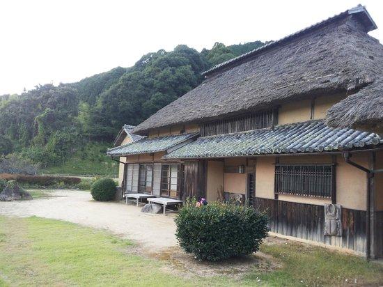 Hattoji International Villa: The villa / farmhouse