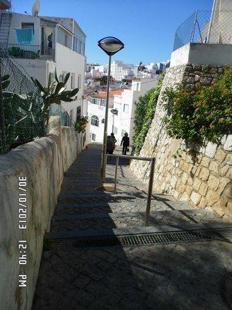 Cerro Mar Atlantico Touristic Apartments : The famous steps down to the old toen