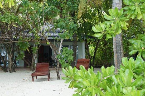 Sun Island Resort: Bungalow Beach View