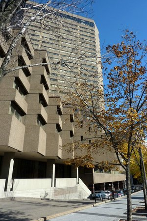 Delta Hotels by Marriott Quebec : Delta building
