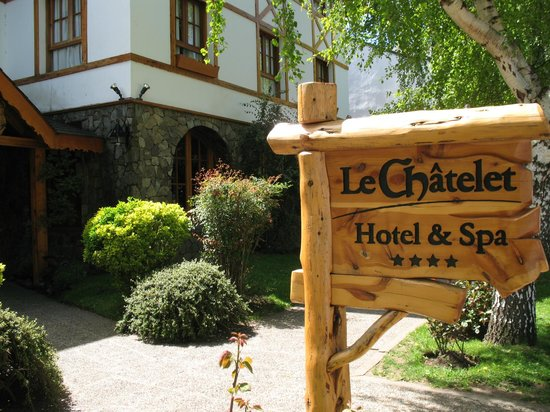 Le Chatelet Hotel: Fachada Le Chatelet
