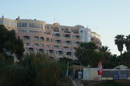 Monica Isabel Beach Club : l'hôtel vue depuis la plage
