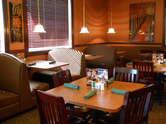 Country Kitchen: A warm, cozy atmosphere.