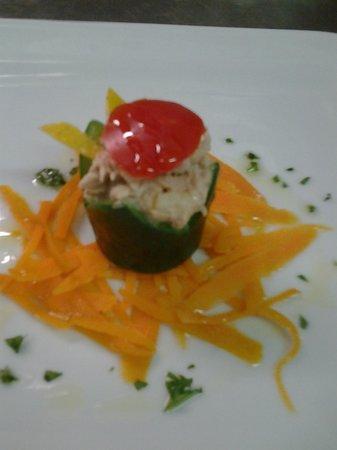 Ristorante Sneton Restaurant: cestini di zucchini ripieno di tonno