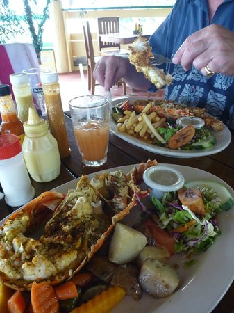 The Villas at Sunset Lane: Lobster at OJs