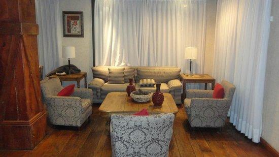 Calafate Parque Hotel: Lobby