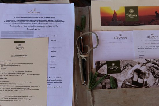 Tarangire Treetops : Entering our amazing Tree house room