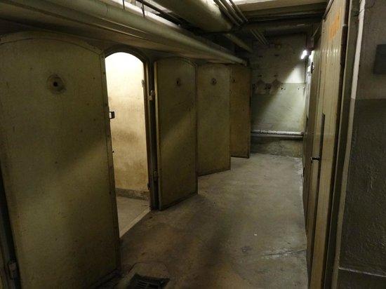 National Socialism Documentation Center : Подвал гестапо
