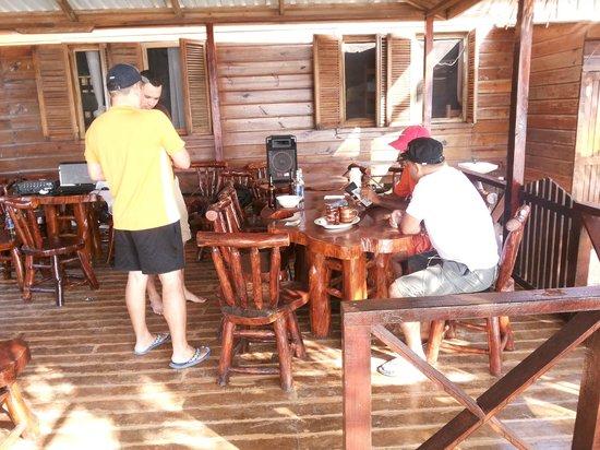Cabanas Laru Beya : Comedor, Cabañas Laru Beya