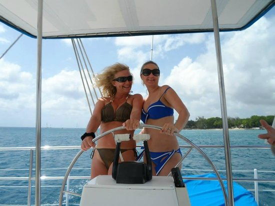 Barbados Sailing.com: Driving the boat :)
