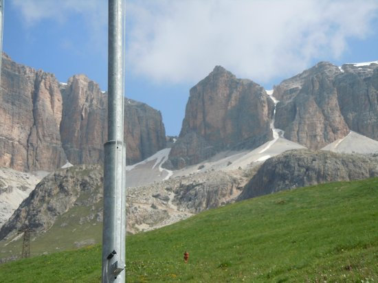 Italian Alps, Włochy: Il Gruppo del Sasso lungo dal Sass Pordoi